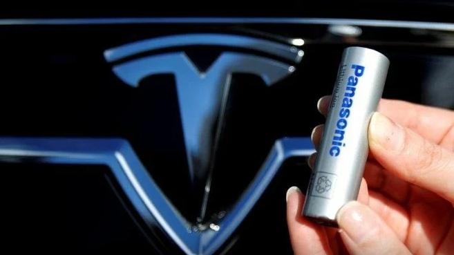 Panasonic, Tesla'da Bulunan Hisselerini Sattı
